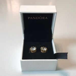 Limited Edition!! Crown diamond earrings